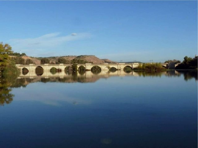 El Gobierno de Navarra invertirá 2,1 millones de euros con objeto de proceder a una restauración estructural y estética completa del puente de Tudela.