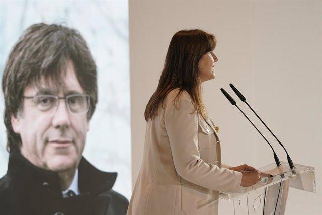 La portaveu de Junts al Congrés i candidata a la Generalitat, Laura Borràs, intervé en un acte de campanya (Arxiu)
