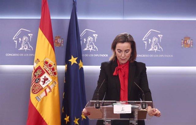 La portavoz del PP en el Congreso, Cuca Gamarra, interviene en una rueda de prensa posterior a una Junta de Portavoces programada en la Sala Mariana Pineda del Congreso de los Diputados, Madrid, (España), a 9 de febrero de 2021.