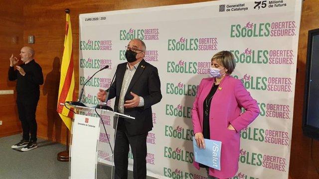 El conseller Josep Bargalló i la consellera Alba Vergés