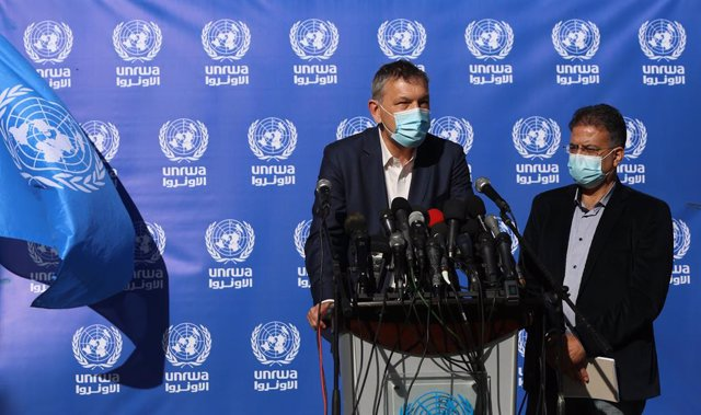 14 January 2021, Palestinian Territories, Gaza City: The United Nations Relief and Works Agency for Palestine Refugees in the Near East (UNRWA) Commissioner-General Philippe Lazzarini (L) speaks during a press conference. Photo: Ashraf Amra/APA Images via