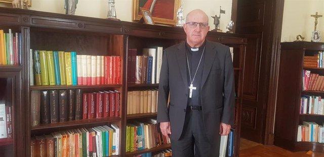 El obispo de Huelva, Santiago Gómez Sierra.