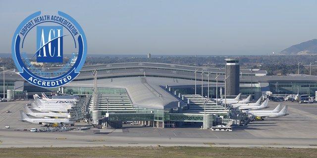 Vista del Aeropuerto de Barcelona con la acreditació del ACI.