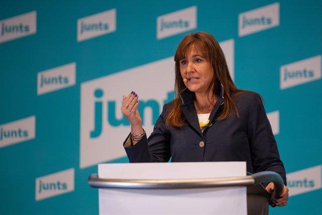 La candidata de JxCat a la Generalitat, Laura Borràs, en un acte de campanya (Arxiu)