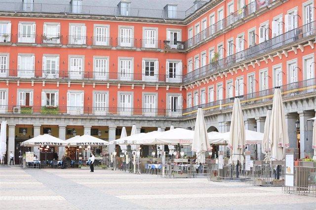 Terrazas de bares en la Plaza Mayor de Madrid