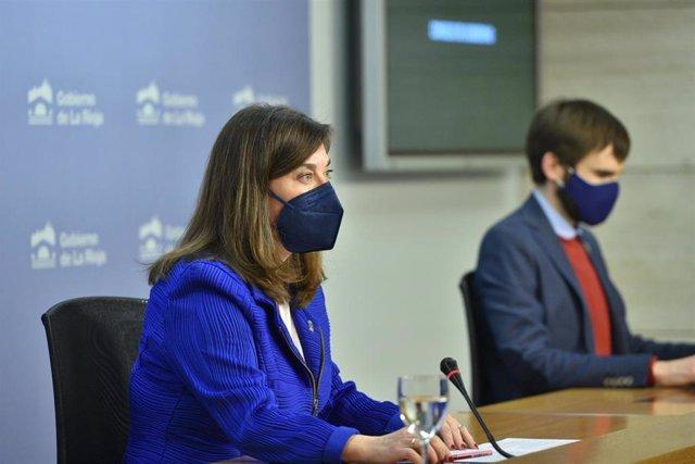 La consejera de Salud, Sara Alba; y el director general de Salud Pública, Pello Latasa