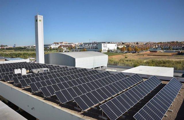 """CEU Andalucía señala que """"avanza"""" en su compromiso sostenible con el sello ECO20 que avala autoconsumo con energía solar"""
