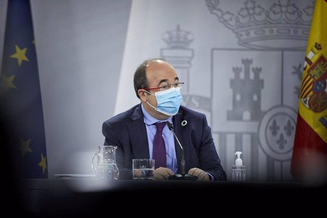 El ministre de Política Territorial i Funció Pública, Miquel Iceta durant una roda de premsa després de la reunió del Consell Interterritorial del Sistema Nacional de Salut, a Madrid (Espanya), a 10 de febrer de 2021.