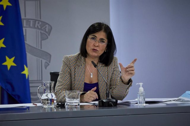 La ministra de Sanidad, Carolina Darias durante una rueda de prensa tras la reunión del Consejo Interterritorial del Sistema Nacional de Salud, en Madrid (España), a 10 de febrero de 2021.