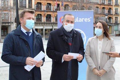 PP pide la dimisión de la alcaldesa de Villamiel y la edil de La Puebla por esquivar el protocolo y vacunarse