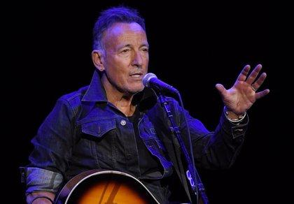 Bruce Springsteen, arrestado por conducir ebrio tras tomar un chupito de tequila con un fan