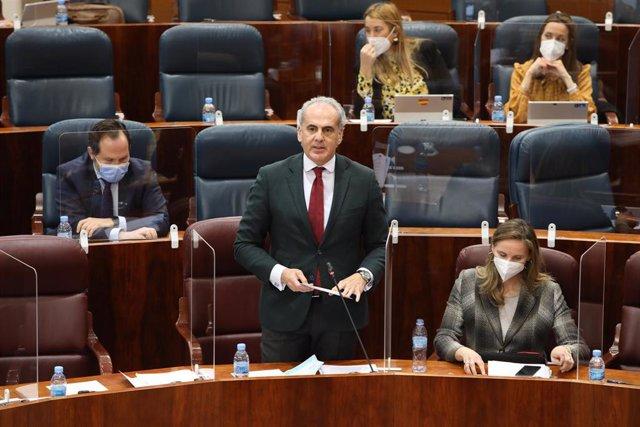 El consejero madrileño de Sanidad, Enrique Ruiz Escudero