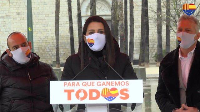 La presidenta de Ciutadans, Inés Arrimadas, en un acte de campanya