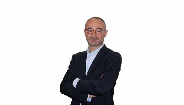 Daniel Ortiz, gerent de l'Ateneu Barcelonès