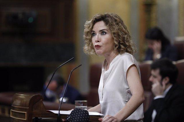 La diputada de Ciudadanos por Alicante, Marta Martín, durante su intervención en una sesión plenaria en la que además se debate el Decreto Ley 21/2020, o decreto de la 'nueva normalidad', que rige en España desde el término del estado de alarma, en Madrid