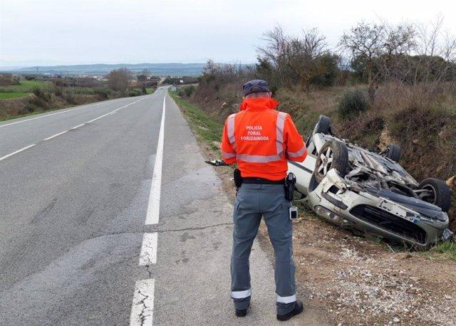 Accidente de tráfico en la NA-122, entre Allo y Dicastillo