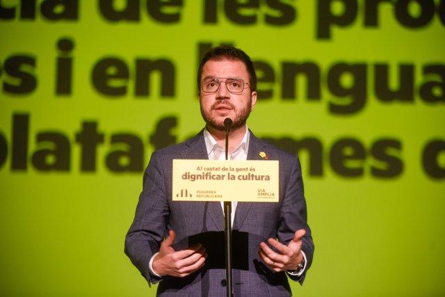 El vicepresidente de la Generalitat en funciones y candidato de ERC a las elecciones catalanas, Pere Aragonès, en un acto de campaña.
