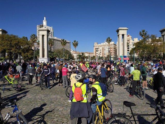 """Una 'bicifestación' recorre Málaga este domingo para pedir una ciudad """"sostenible"""" con red de carriles bici segura"""