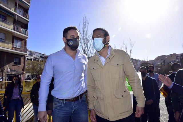 El president de VOX, Santiago Abascal i el candidat de VOX a la presidència de la Generalitat, Ignacio Garriga