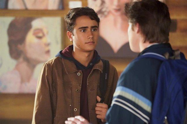 Tráiler de Con amor, Victor, el spin-off de Con amor, Simon llega el 23 de febrero a Disney+