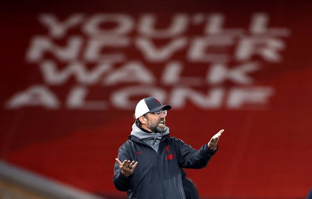 01 December 2020, England, Liverpool: Liverpool manager Jurgen Klopp reacts on the touchline during the UEFA Champions League Group D soccer match between Liverpool FC and AFC Ajax at the Anfield Stadium. Photo: Phil Noble/PA Wire/dpa