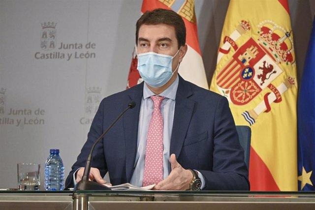 El consejero de la Presidencia de Castilla y León, Ángel Ibáñez, durante la rueda de prensa.