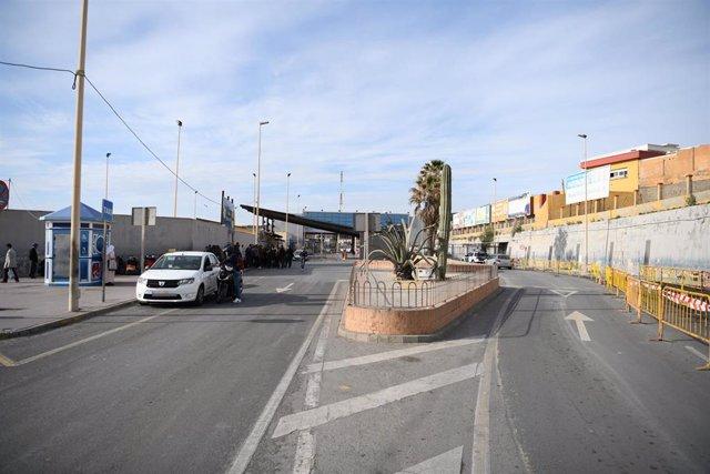 Frontera del Tarajal que separa Ceuta de Marruecos, cerrada desde el 13 de marzon, fecha de esta imagen