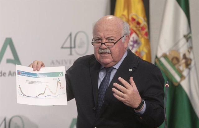 El consejero de Salud y Familias, Jesús Aguirre, durante su intervención en la rueda de prensa posterior a la reunión del Consejo de Gobierno de la Junta de Andalucía. En Sevilla (Andalucía, España), a 16 de febrero de 2021.