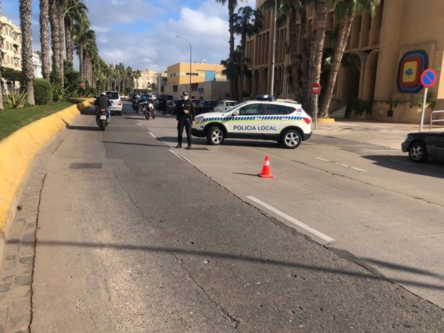 Imagen de archivo de un control de la Policía Local de Melilla