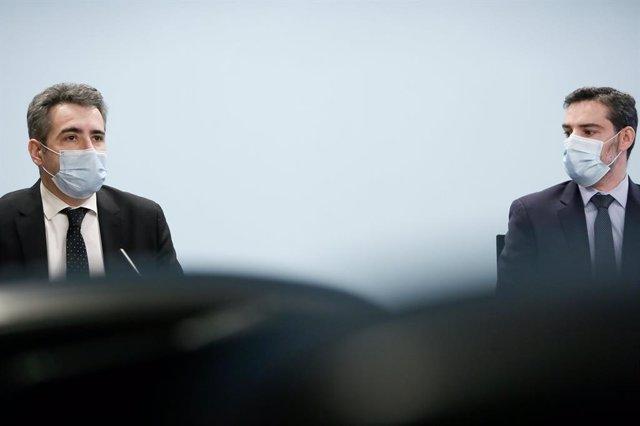 El ministre de Finances, Eric Jover, i el secretari d'Estat d'Assumptes Financers Internacionals, Marc Ballestà