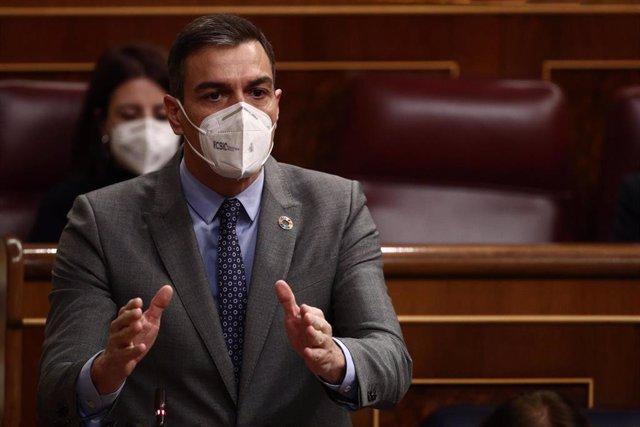 El presidente del Gobierno, Pedro Sánchez, interviene durante una sesión de control al Ejecutivo en el Congreso de los Diputados.