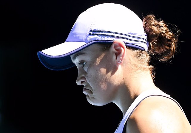 Ash Barty of Australia reacts  during her Quarterfinals Women's singles match against Karolina Muchova of the Czech Republic on Day 10 of the Australian Open at Melbourne Park in Melbourne, Wednesday, February 17, 2021. (AAP Image/Dave Hunt) NO ARCHIVING,