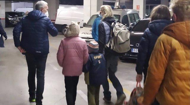 Recuperados en Granada tres menores finlandeses sustraídos por su madre de su país