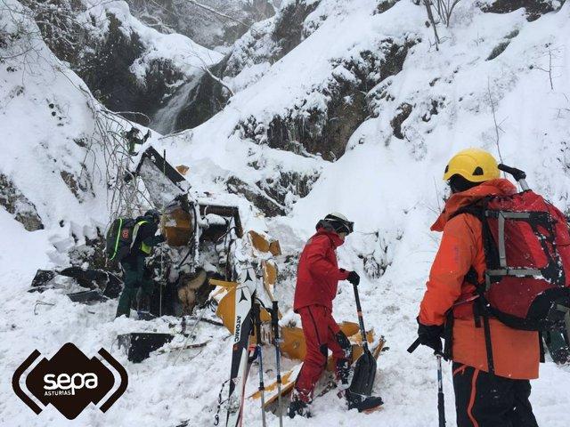 Archivo - Vox pide, con el apoyo del PP, una comisión de investigación sobre el accidente mortal del alud de San Isidro