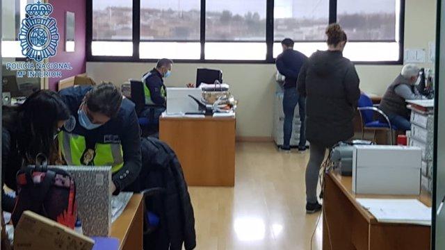 Sevilla.-Sucesos.-Siete detenidos en una trama de fraude de subvenciones por 2,1 millones y blanqueo de capitales