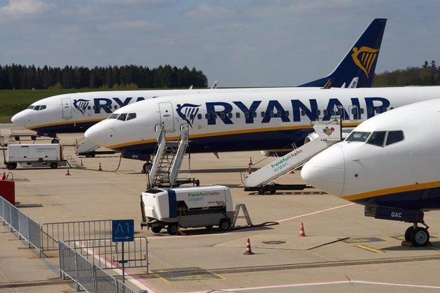 Archivo - El TUE avala los subsidios a aerolíneas durante la pandemia al rechazar dos recursos de Ryanair