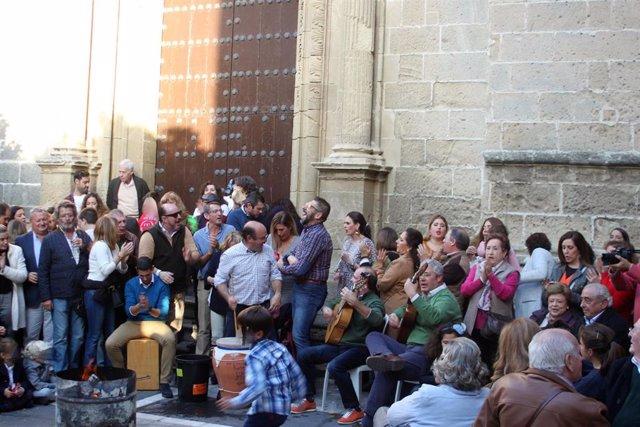 Archivo - Cádiz.-Turismo.- La Junta inicia los trámites para declarar la Zambomba de Jerez como Fiesta de Interés Turístico