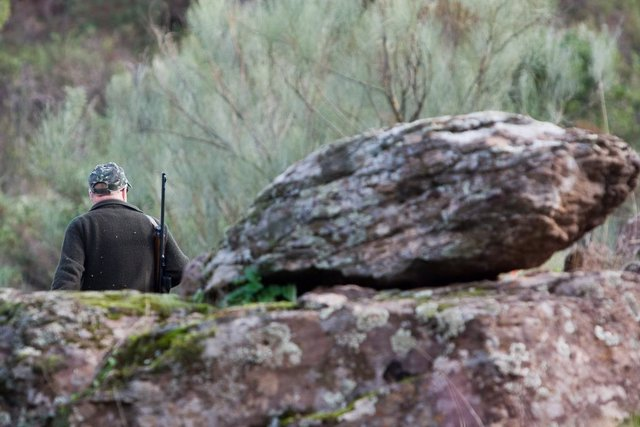 """Archivo - La RFEC rechaza el """"golpe"""" a la España vaciada que supondría prohibir cazar en el 10% del territorio como propone la UE"""
