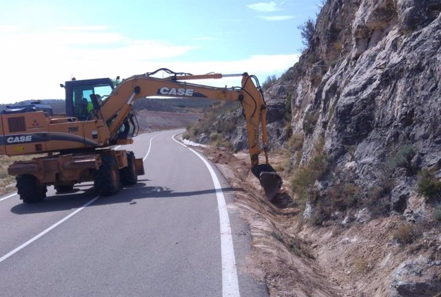 Archivo - Zaragoza.- El Gobierno de Aragón invertirá 13,6 millones de euros en carreteras en la provincia este año