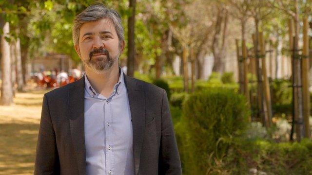 Archivo - Andalucía por Sí urge a retirar una bandera de Falange del despacho que diputada expulsada de Vox usa en el Parlamento