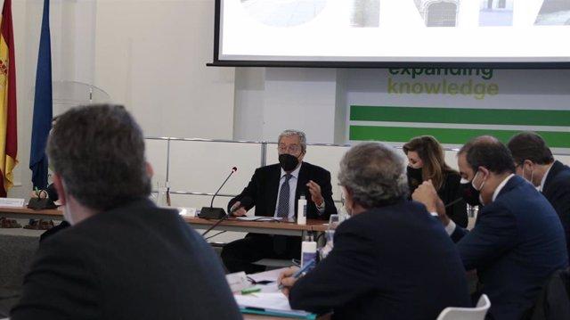 """Economía.- Velasco propone a las universidades una financiación que garantiza la """"asignación objetiva"""" de los fondos"""