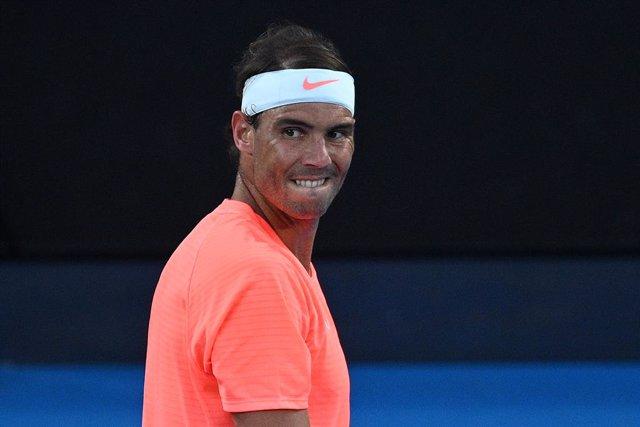 Tenis.-AV.- Tenis/Australia.- Nadal se despide de Australia víctima de la gran remontada de Tsitsipas