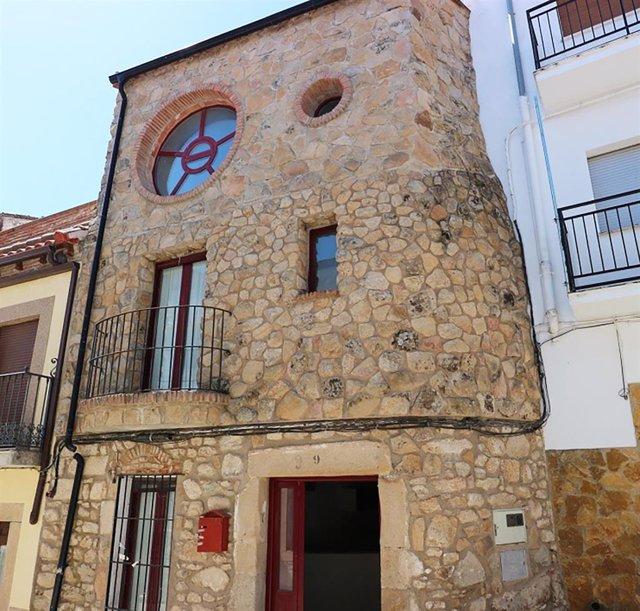 Archivo - Liberbank y Haya Real Estate lanzan una campaña con descuentos de hasta el 35% en 100 viviendas en Extremadura