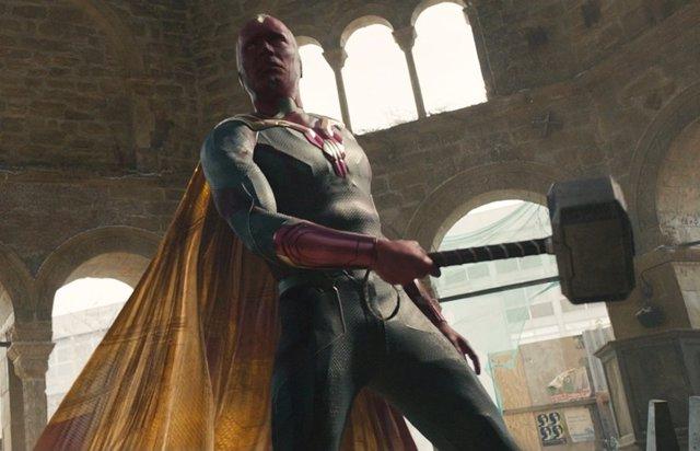 WandaVision explica por qué Visión es digno de levantar Mjolnir, el martillo de Thor en Vengadores 2