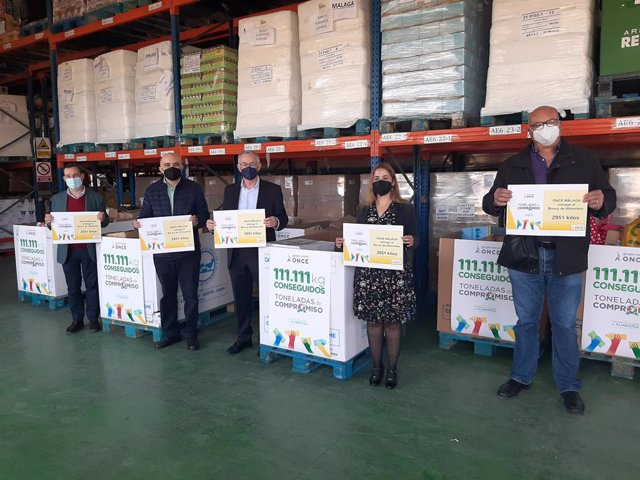 Alimentacion.- El Grupo Social ONCE hace su segunda entrega de 3.000 kilos de alimentos a Bancosol
