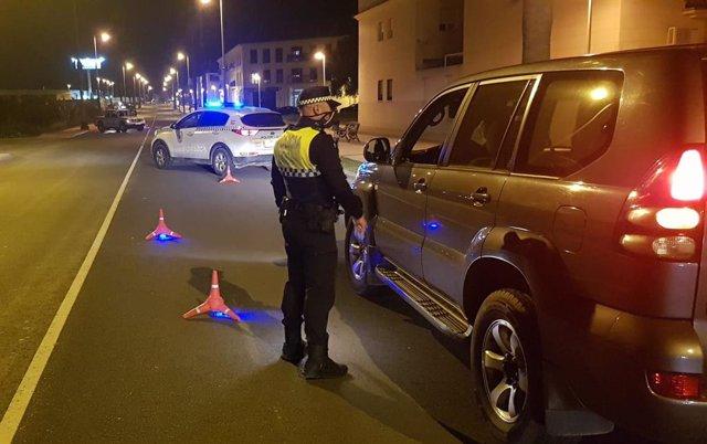 Huelva.-Coronavirus.- La Policía Local de Cartaya disuelve seis concentraciones en el municipio durante el fin de semana