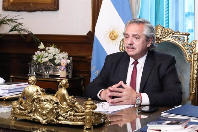 Archivo - Argentina/Chile.- Fernández llega a Chile para su tercer viaje oficial como presidente de Argentina