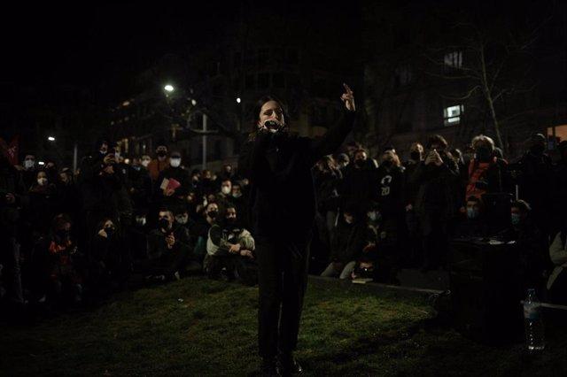 Sucesos.- Cientos de personas protestan en Barcelona por segundo día por el rapero Hasél