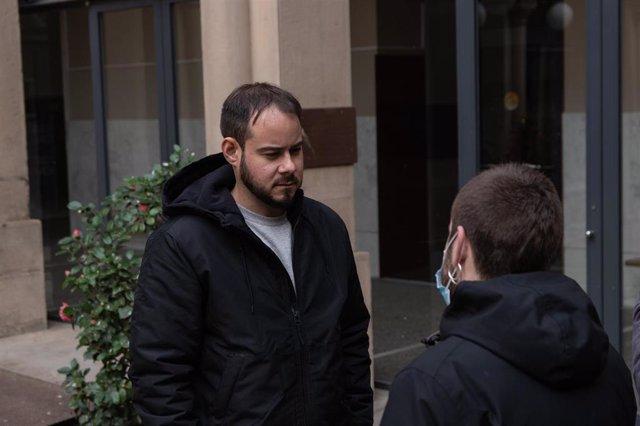 Granada.- Sucesos.- Quema de contenedores y cortes de tráfico en las protestas por el encarcelamiento de Pablo Hasel