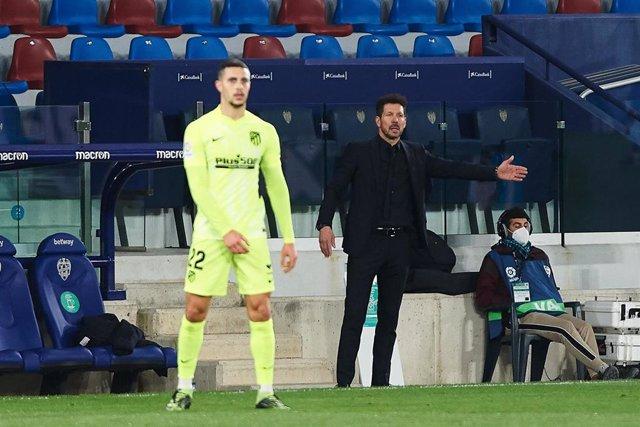 """Fútbol.- Simeone: """"Hoy no quiso entrar ese segundo gol"""""""